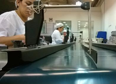 Equipo especializado en mantenimiento y reparación de cintas transportadoras