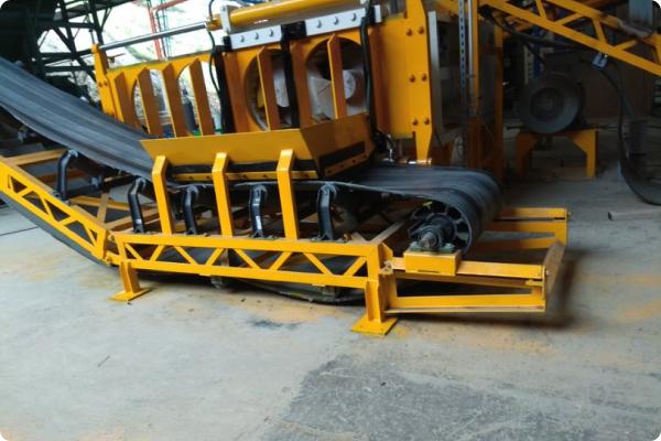 Diseño y fabricación de artesas para rodillos de bandas transportadoras